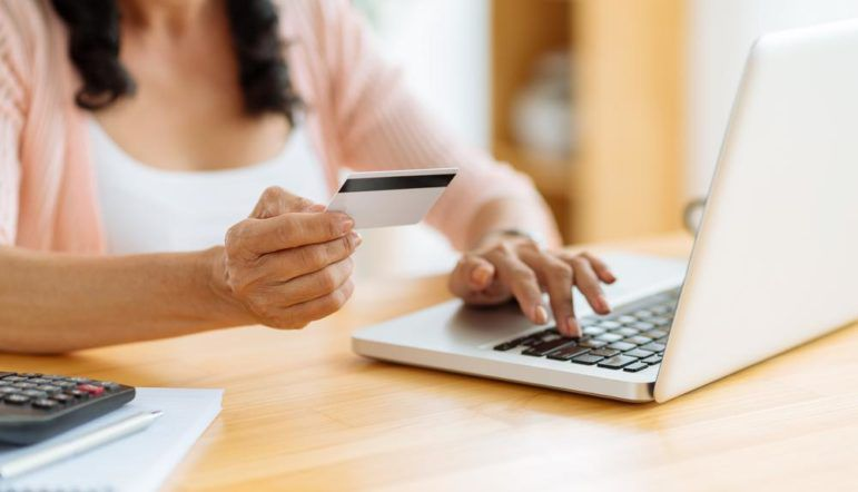 Here's how to get a no fee prepaid debit card
