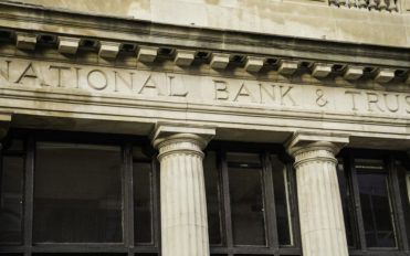 What's The Difference Between Banks And Financial Institutions?