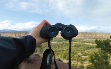 3 best binocular brands in the market