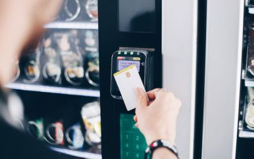 5 reasons to get a vending machine for your business