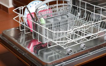 Top 5 reliable dishwasher brands to choose from
